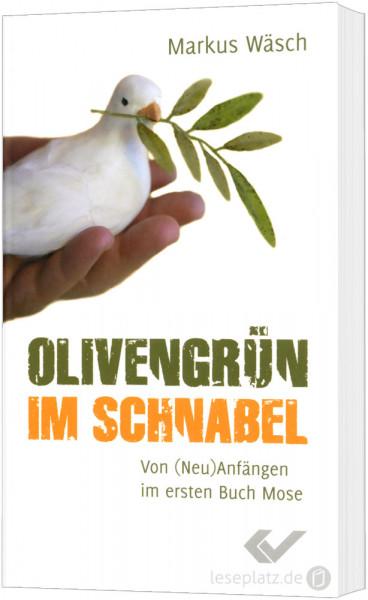Olivengrün im Schnabel